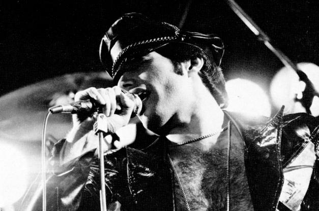 freddie-live-in-1979